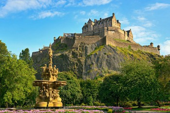 Edinburgh Castle contact address 7880