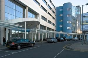 John Radcliffe Hospital contact address 1055