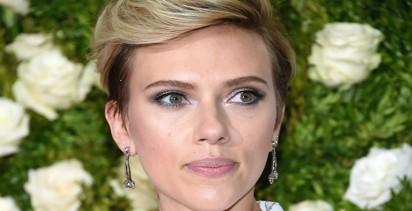 Scarlett Johansson contact address 6571