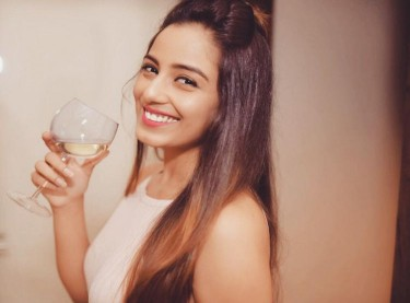 Srishty Rode Bigg Boss 12 contact address 9557