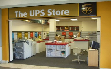 UPS Store contact address 3316