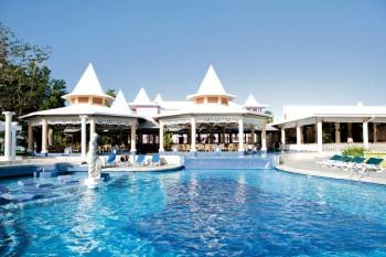 riu hotels resorts contact address 7607