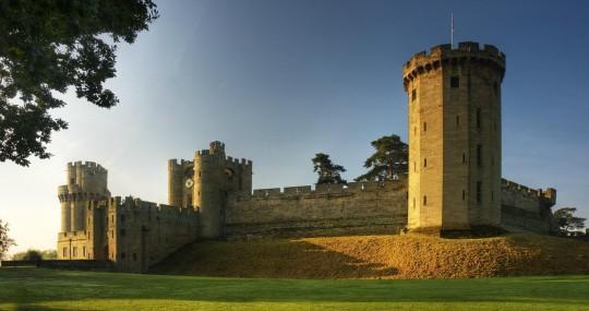 warwick castle contact address 5624